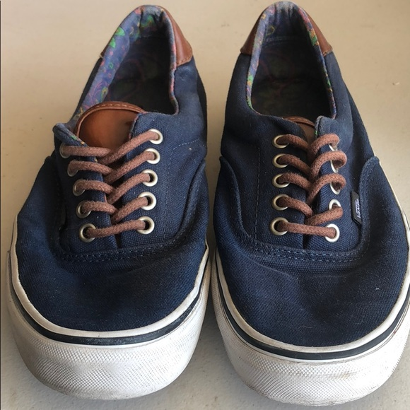 54888bcb44 Vans blue and brown leather. M 5adfae10daa8f6a2b77a8c43